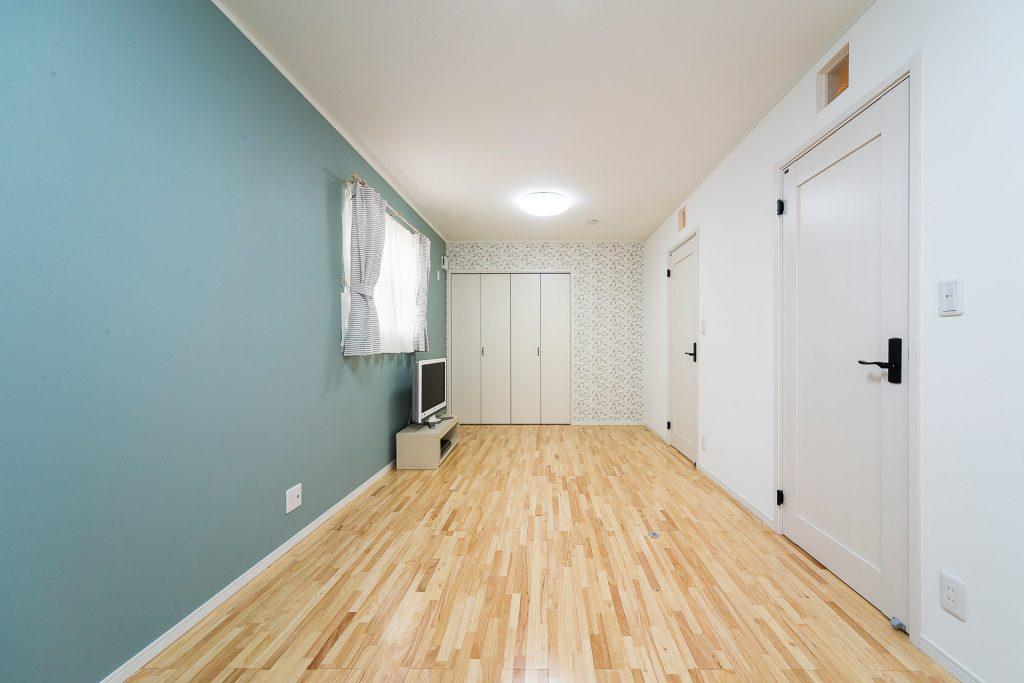 溢れる想いを優しくまとめた家の部屋